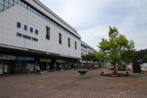 新花巻駅前、ここでレンタカーを調達